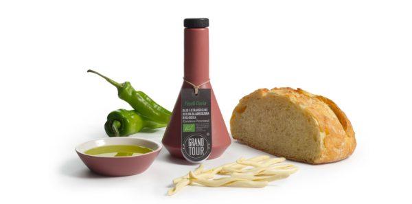 Oliwa extra vergine Puglia