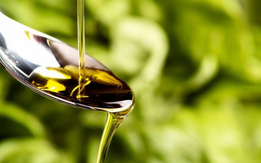 Włoska oliwa extra Vergine – jak rozpoznać dobrej jakości oliwę